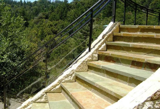 Stair Railing (Outdoor)